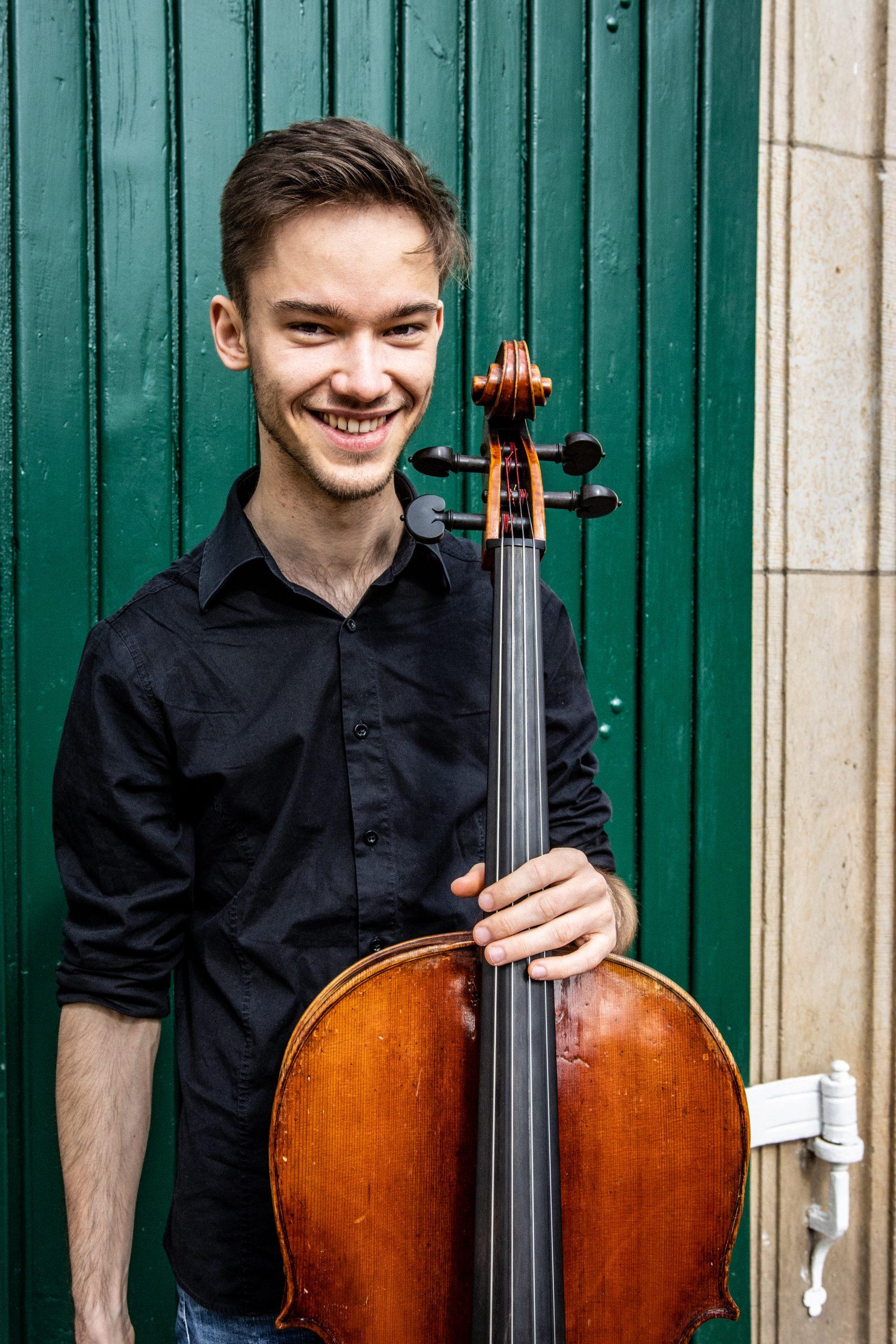 Johann v. Ruthendorf, Cello